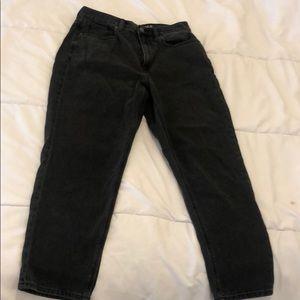 American Eagle Black Mom Jeans Size 6 Short
